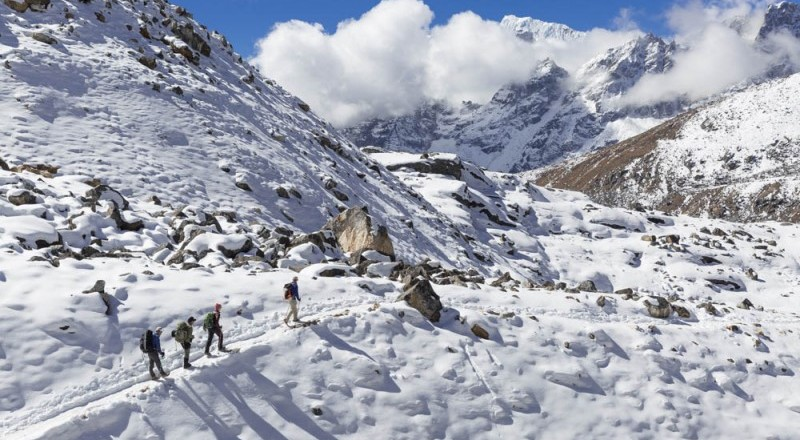 10 Reasons To Choose Everest High Pass Trek